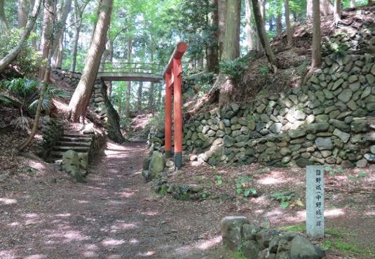 打倒!光秀の城 「中野(日野)城をめぐる」01